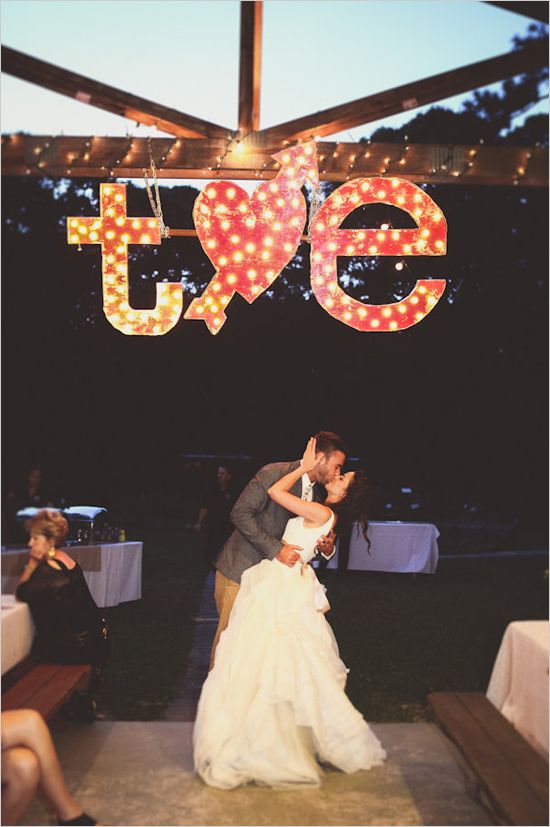 t hearts e wedding marquee lights