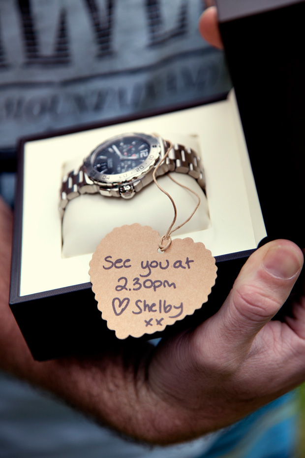 cute gift idea for the groom | via 7 Helpful Tips to Be on Time for Your Wedding