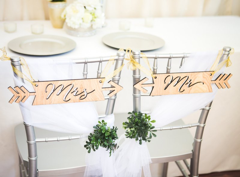 tribal arrow signs by zcreate design | etsy boho weddings | http://emmalinebride.com/bohemian/etsy-boho-weddings/