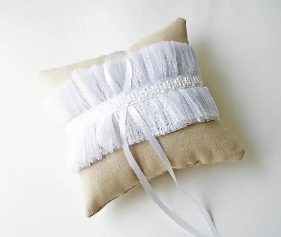 tulle ring pillow linen