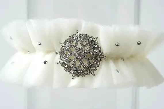 vintage brooches wedding garter