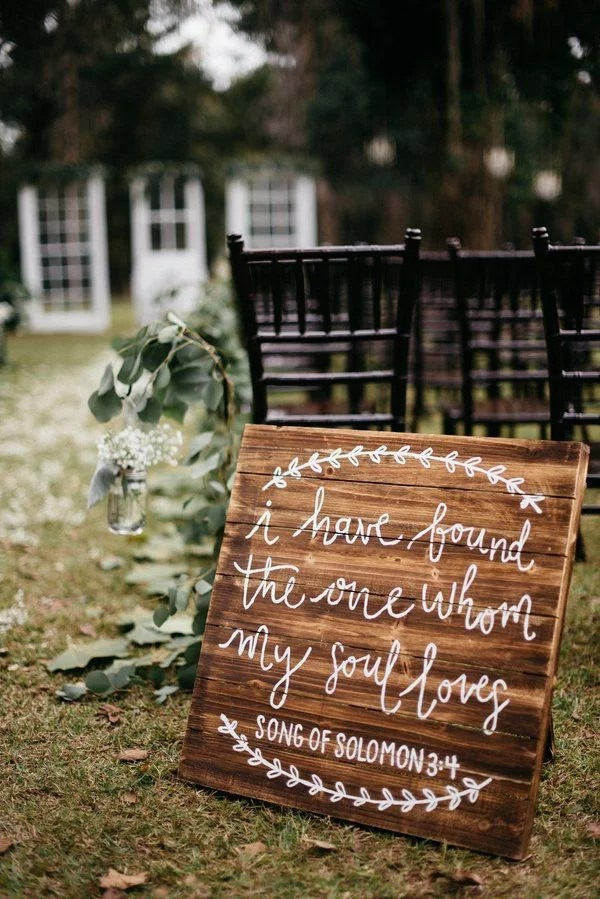 15 Cute Wedding Signs You Need For The Big Day