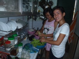 Vietnamese cooking lesson at the locals house