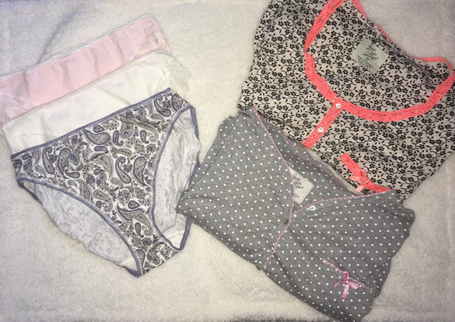 hospital bag- nightie and knickers