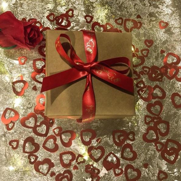 Beeutiful Valentine's Day gift box