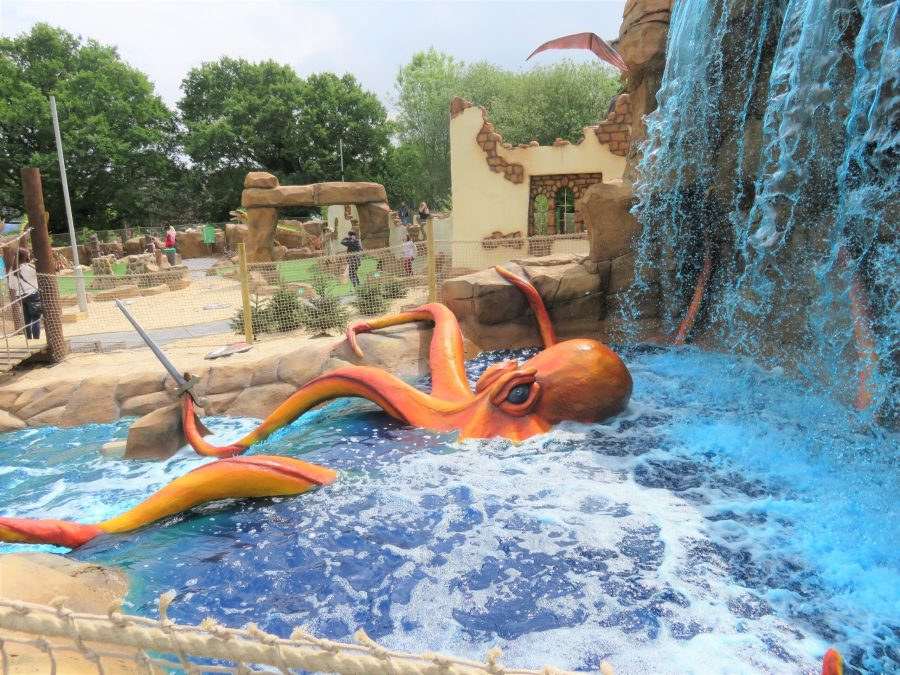 octopus in the water and the waterfall at mighty claws adventure golf