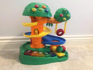 v-tech treehouse toy