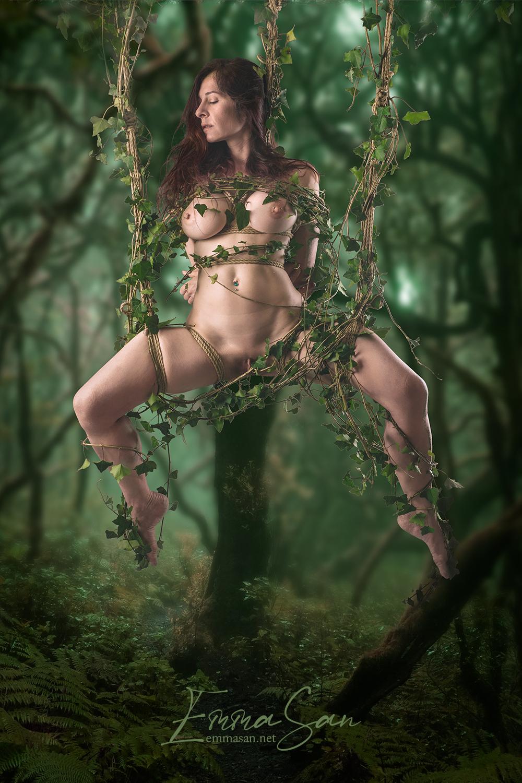 """Tirage photo: """"Shibari – Ropes & ivy"""""""