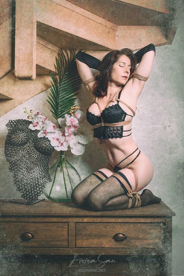jute rope & black lace