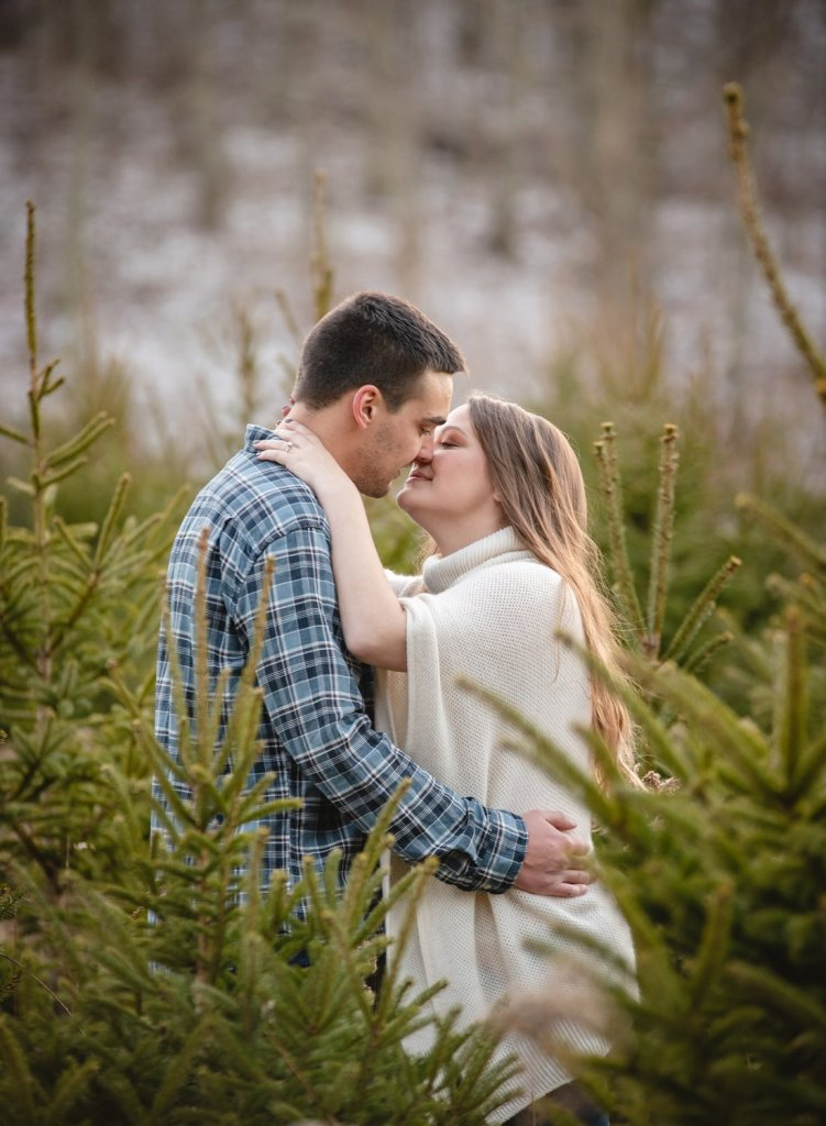 valley falls engagement photos in ct
