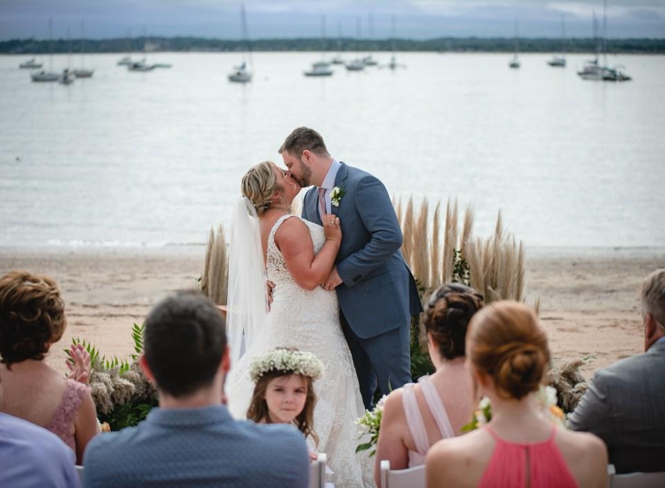 how to plan a beach micro-wedding ceremony