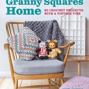 Book. Granny squares home, by Emma Varnam