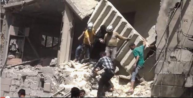 Alep-Bostan-Al-Qasr-28-av-2016--Attaque-de-l'aviation-du-régime-2