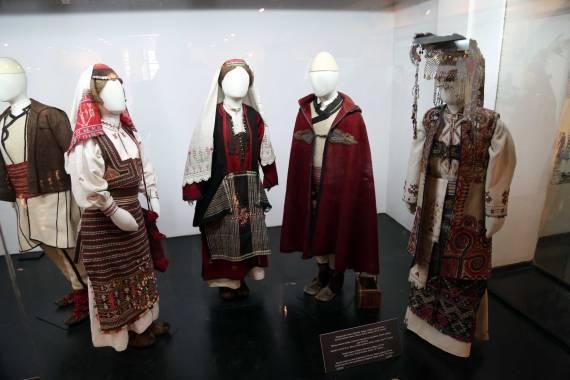 19th century serbian dress