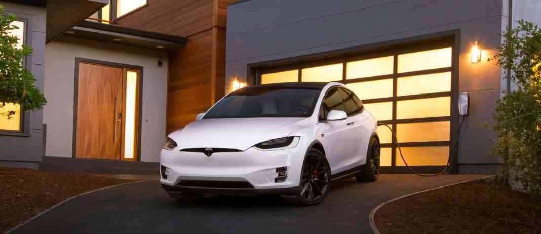 Quelle Tesla Model X Homepage