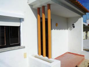 2 Bed Villa at Rana, Cascais - € 450 monthly rent