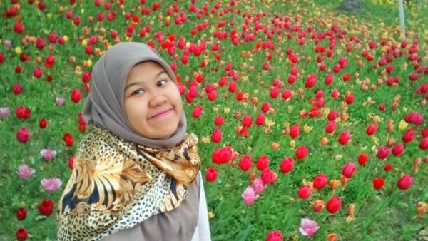 Pokoknya asal ada bunga