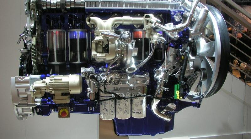 Motoren-schöne-große-Verbrenner-Motoren-IAA-Hannover