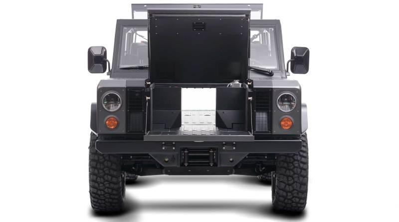 Bollinger B1 - - Von vorne - Durchladung möglich -Electric Pickup Truck - Elektroauto - Foto Bollinger