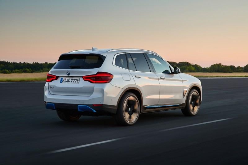 BMW iX3 - Ab 38.000 €