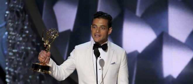 61652115_Rami-Malek-accepts-the-award-for-Outstanding-Lead-Actor-In-A-Drama-Series-for-Mr-Robot-at-t