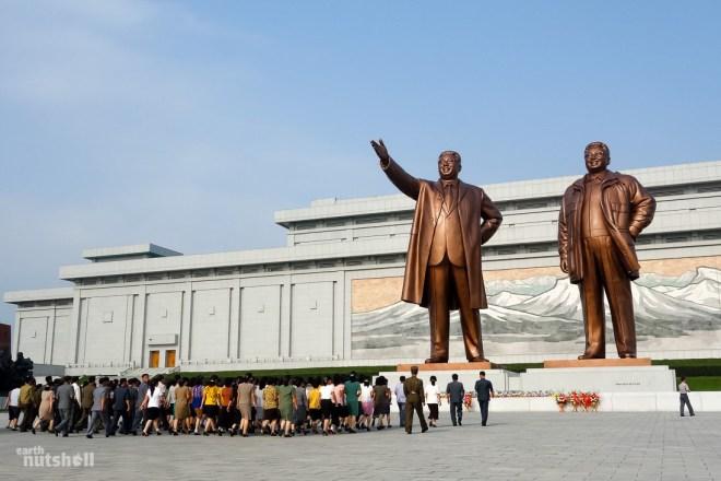 3-mansudae-grand-monument