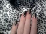 https://emozioniacolori.wordpress.com/2012/11/12/saluto-di-benvenuto-e-nail-art-leopardata/