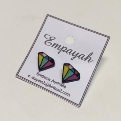 Bright coloured diamond studs