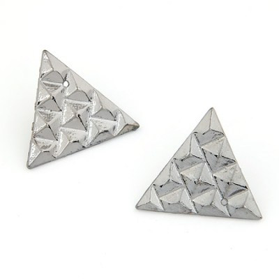 Gunmetal pyramid stud earring