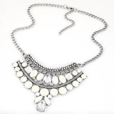 Fiora gem necklace in creamy white