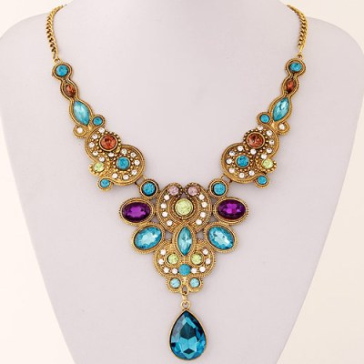 Indira statement necklace