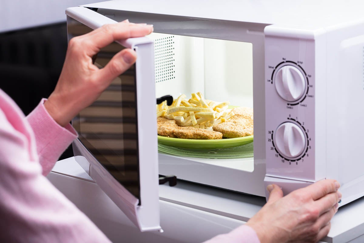 solved why is my microwave not heating