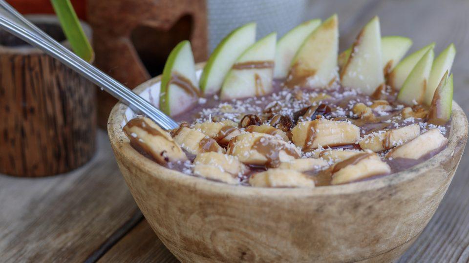The Antioxidant Power of Açaí vs. Apples