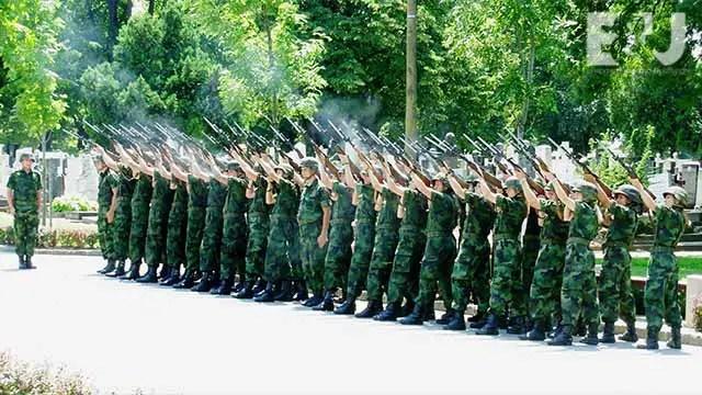 military-platoon