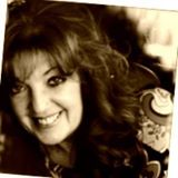Teresa Salhi, Founder of Empower The Dream, Women's Empowerment Coach & Mentor