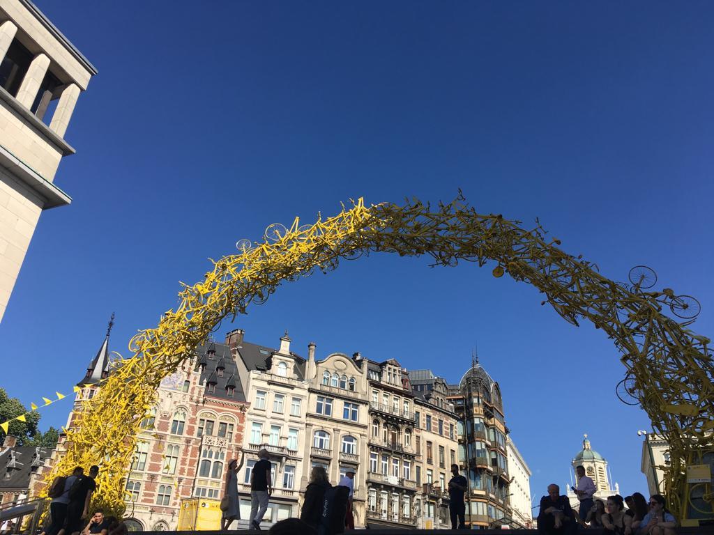 En toute sincérité, je vous fais découvrir ce qui fait le charme de Bruxelles ma belle, une ville pleine de contrastes, d'absurdités mais aussi de trésors cachés