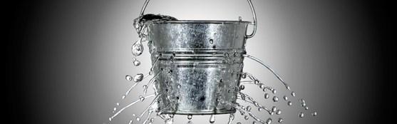 vazamento de balde