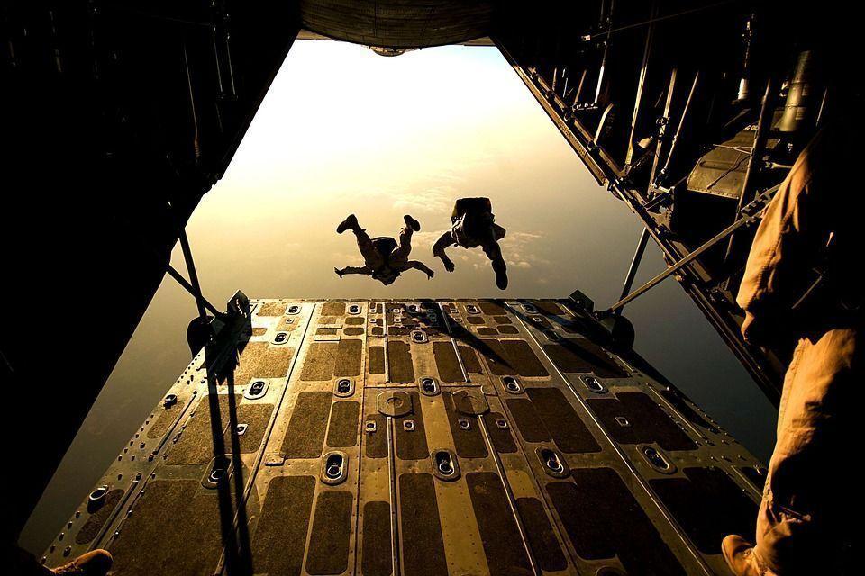 parachute-658397_960_720