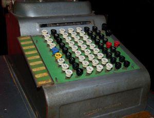 Caja registradora de Benjamin Earwicker vía http://www.freeimages.com