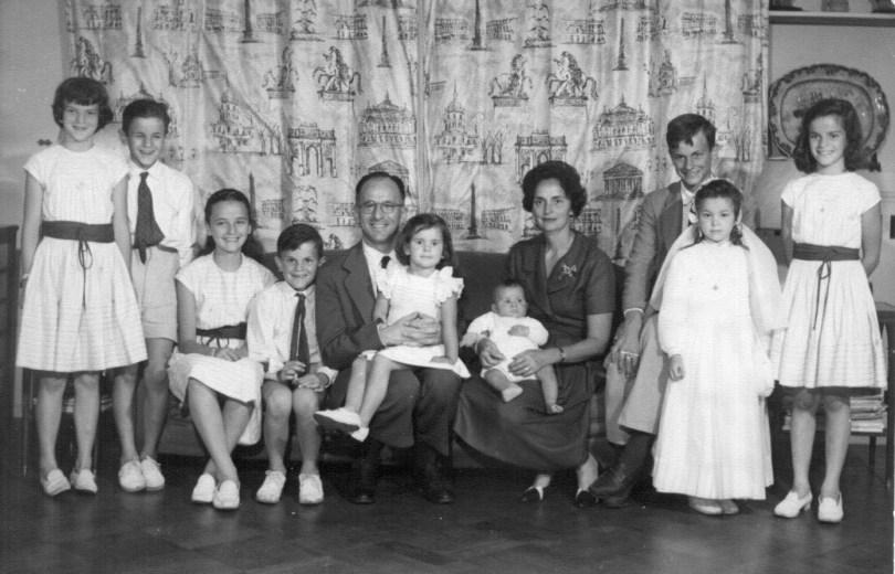 Enrique Shaw y su familia.