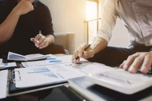 Como analisar a viabilidade financeira de uma franquia de crédito?