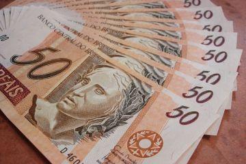 dinheiro representandoo crédito consignado