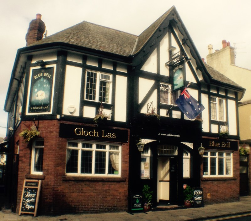 Pubs of Great Britain 1 Ode To The Magical Pub Pubs are transporters into the mysterious past. Each pub has its own distinct feeling, charm  and character that greets its guests.