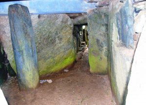 burial chamber, bryn celli ddu, wales, mystery, secret, mound, neolithic, bronze age, celtic