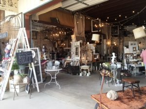 canton, market, flea market, flea markets, markets, vendor, goods, antiques, household