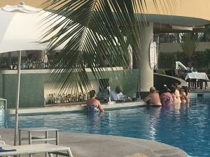 pool bar, beach bar, swim up bar