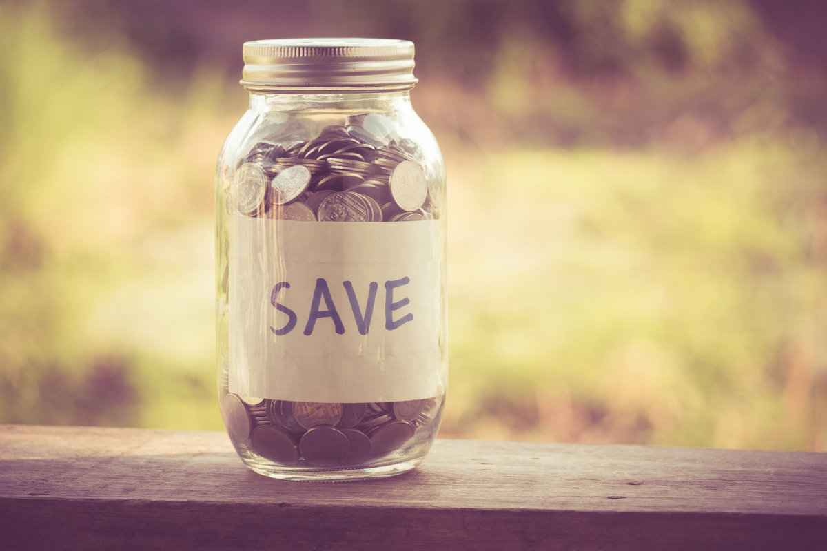 Save money, how to save money, empty nest save money, save money empty nester, save money in the empty nest, save for retirement