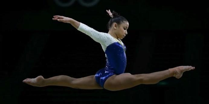 Rio de Janeiro - Flávia Saraiva durante treino da seleção feminina de ginástica artística do Brasil na Arena Olímpica dos Jogos Rio 2016 (Fernando Frazão/Agência Brasil)