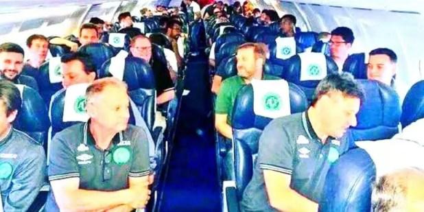 Lista de passageiros no avião da Chapecoense que caiu na Colômbia