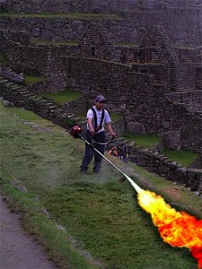 How to Convert an Old Weedwacker Into a Flamethrower